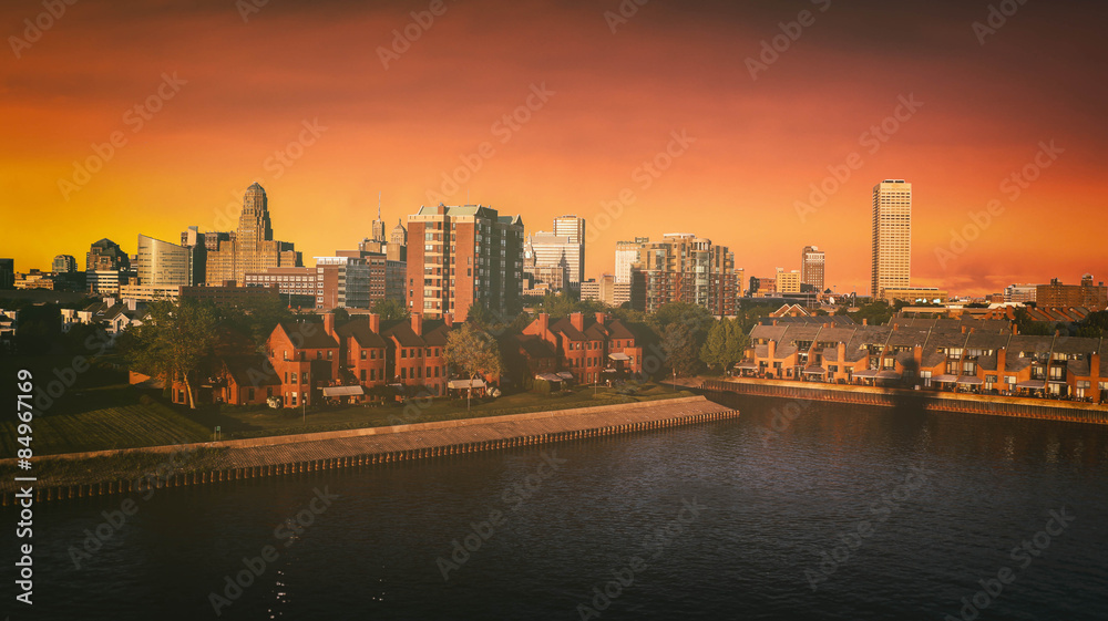 Fototapety, obrazy: Buffalo New York Skyline Sunset. The Buffalo, New York skyline during sunset. Edited with a vintage look. All logos and trademarks removed.