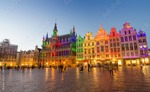 Tuinposter Brussel Grand Place with colorful lighting at Dusk in Brussels.
