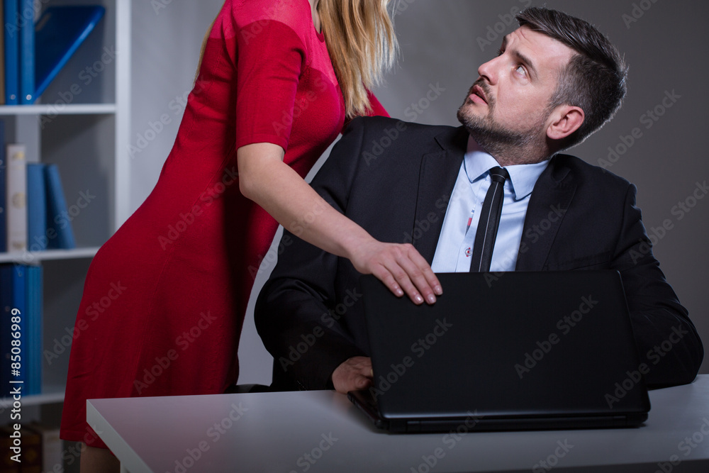 Fototapety, obrazy: Sexual harassment in the workplace