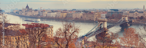 In de dag Boedapest Viewpoint panorama of Budapest over Chain Bridge