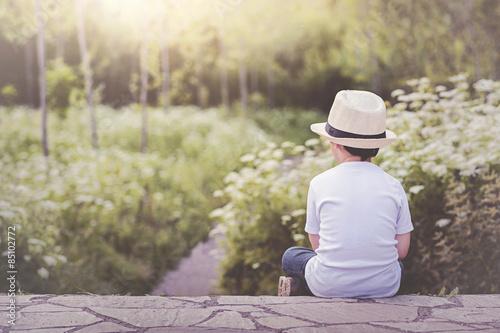 niño pensativo Tapéta, Fotótapéta