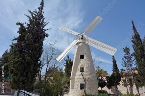 Stickers pour porte Moulins Montefiore Windmill in Jerusalem Israel