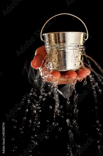 Cuadros en Lienzo bucket with holes
