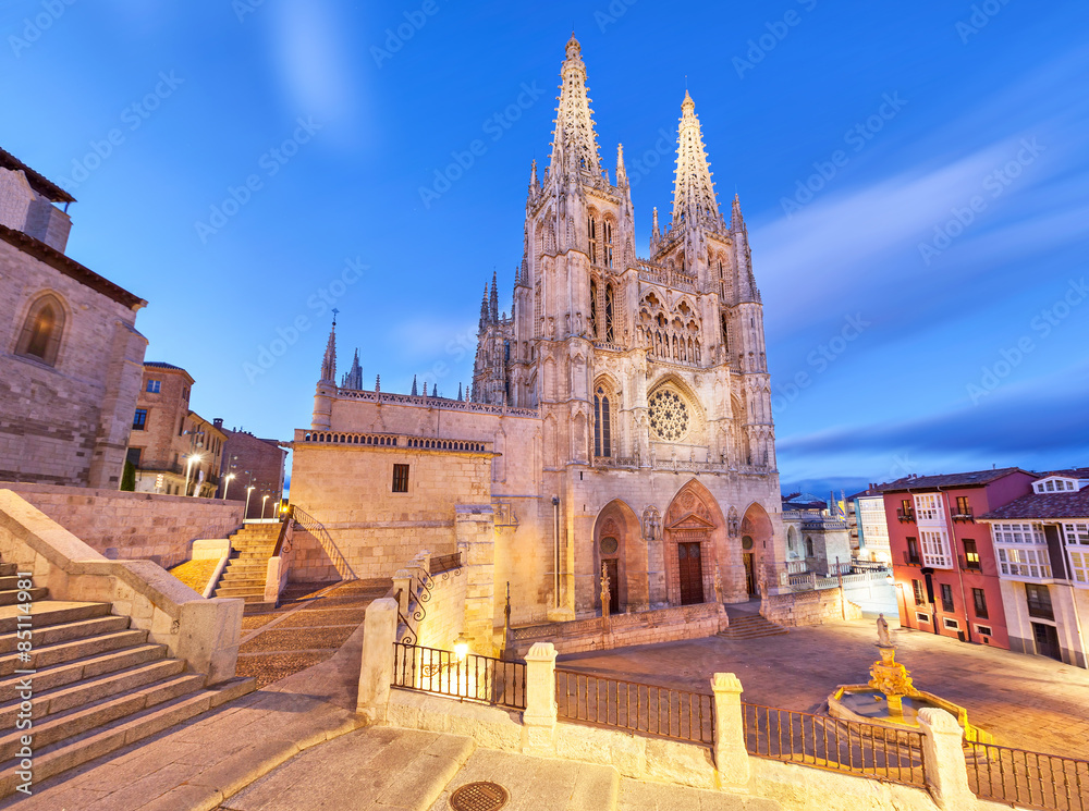 Fototapety, obrazy: Burgos Cathedral in the evening light