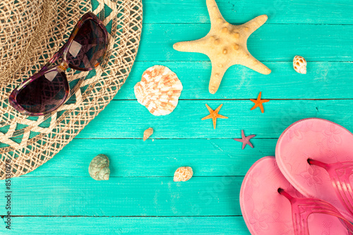 Papiers peints Retro Summer accessories and shells