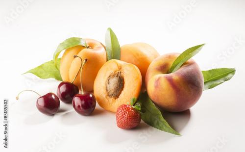 Poster Fruit summer fruits isolated on white background