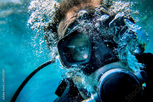 Printed kitchen splashbacks Diving diver selfy