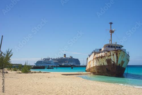 Foto op Plexiglas Caraïben Governor's beach, Grand Turk, Turks and Caicos, Caribbean