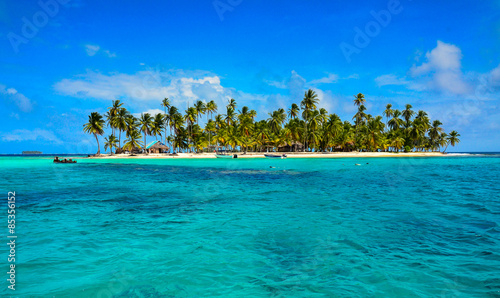 Photo sur Aluminium Tropical plage Paradise Tropical Island