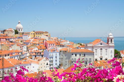 widok-z-alfama-lizbona-portugalia