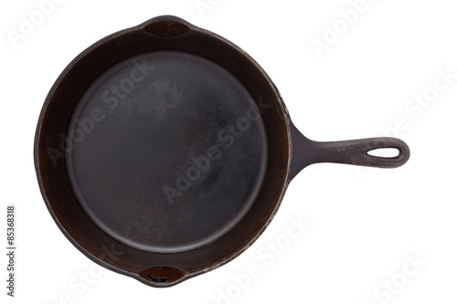 Photo  Cast iron frying pan isolated on white
