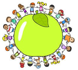 Obraz na PlexiGlückliche Kinder rund um einen Apfel