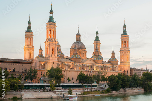 Basilica del Pilar in Zaragoza, photographed at sunset