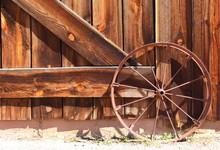 Wood Barn Doors – Front Entrance Of An Old Wooden Farmhouse Barn Doors With Metal Wagon Wheel