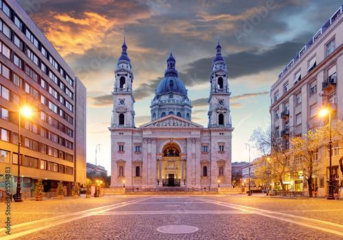 Cuadros en Lienzo Budapest - basílica de San Esteban