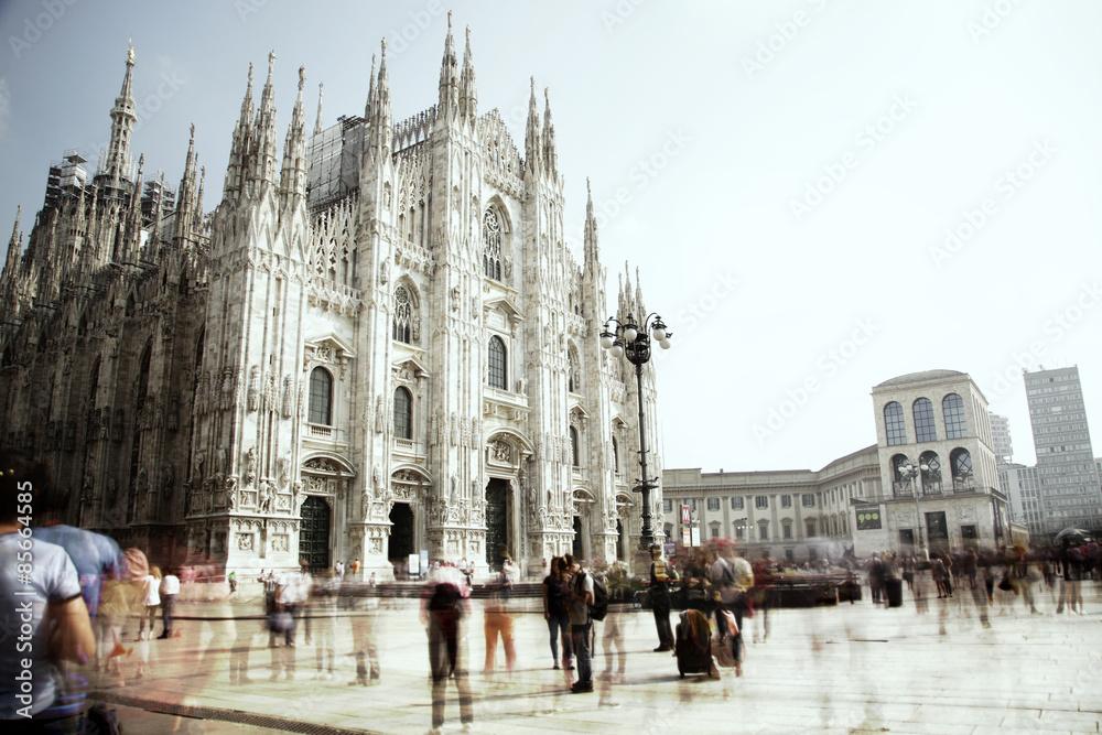 Fényképezés  Piazza Duomo a Milano