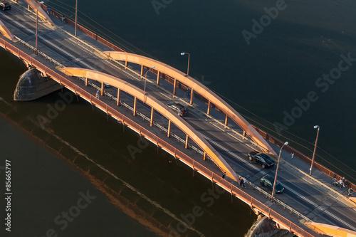 widok-z-lotu-ptaka-na-most