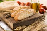 Kromki świeżego chleba