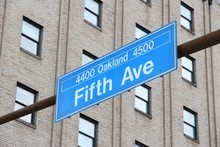 Pittsburgh Street - Fifth Avenue