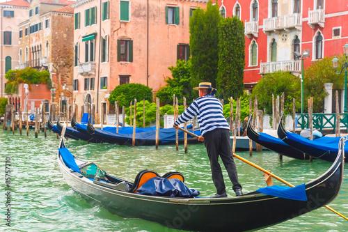Spoed Foto op Canvas Gondolas Gondolas on Canal Grande in Venice, Italy