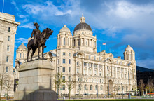 Monument Of Edward VII And The Port Of Liverpool Building - Engl