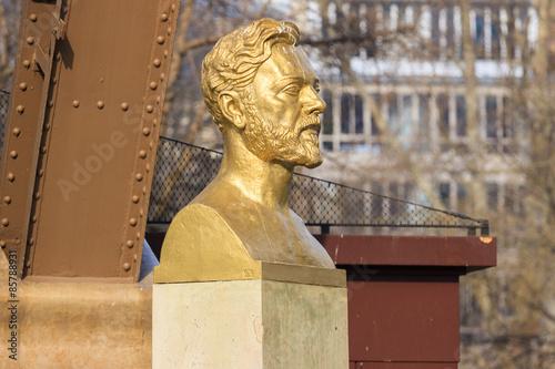 Buste de Gustave Eiffel Poster