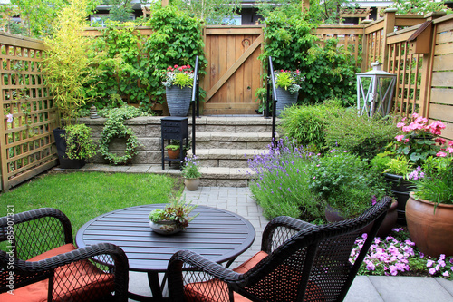 Fotografija Small garden.