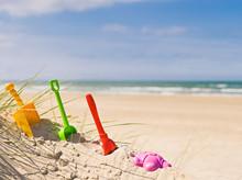 Spielen Am Strand Im Urlaub