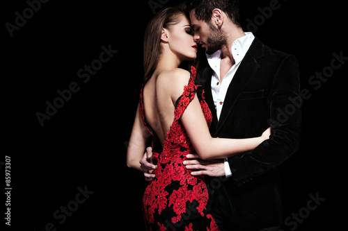fototapeta na lodówkę Fashion photo of sexy elegant couple in the tender passion
