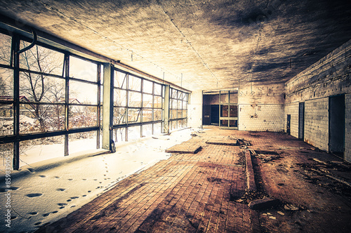 Fototapeta styl industrialny industrialne-pomieszczenie-fabryczne