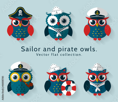 Deurstickers Uilen cartoon Sailor and pirate owl. Vector set.