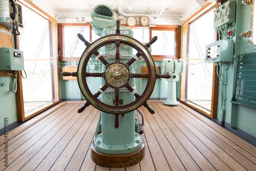 Fotografía  船の操舵室
