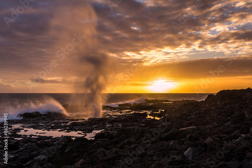 Fototapeta  Spouting Horn at sunset near Poipu on the Hawaiian island of Kauai