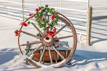 Christmas Wagon Wheel