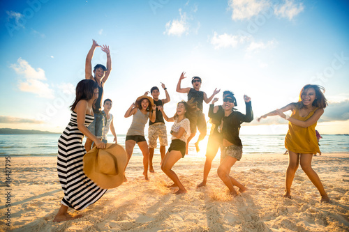 Fotografia  Happy people on beach