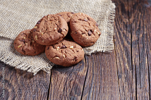 Tuinposter Koekjes Chocolate cookies with nuts