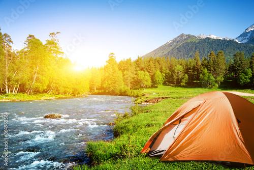 Foto op Canvas Kamperen camping in mountains