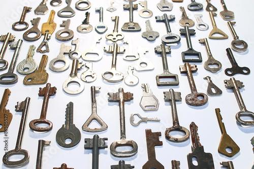 Spoed Foto op Canvas Muziekwinkel keys on a white background