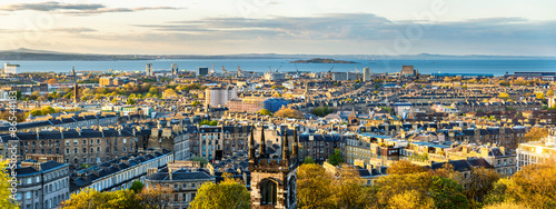 Foto auf Leinwand Nordeuropa Panorama of Edinburgh from Calton Hill - Scotland