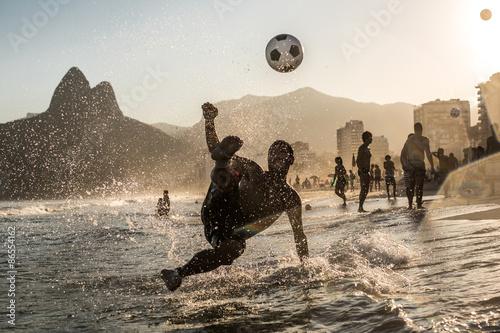 Fotografia  Siatkówka nad morzem, Rio de Janeiro, Brazylia