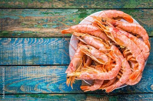 Pinturas sobre lienzo  fresh raw shrimps in a bowl