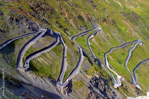 Fotografie, Obraz  Italia,Trentino Alto Adige,strada per il Passo dello Stelvio