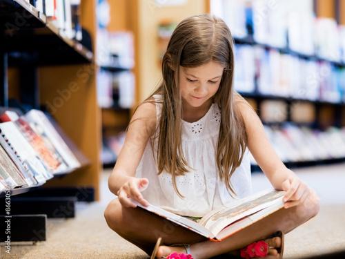 Fotografie, Obraz  Miluji čtení