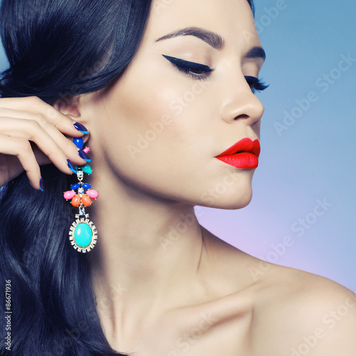 Photo  Lady with earring