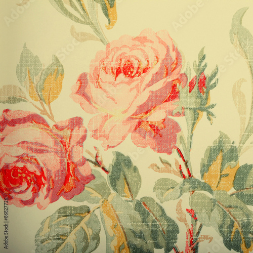 vintage-materialowa-tapeta-z-rozami