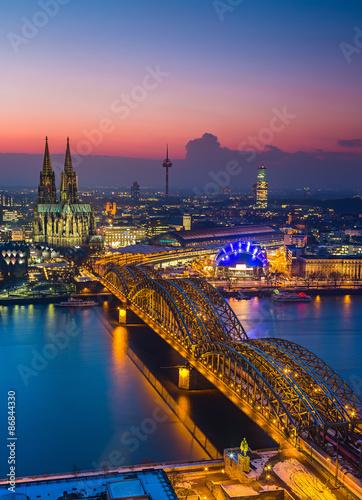 In de dag Europa Cologne at dusk