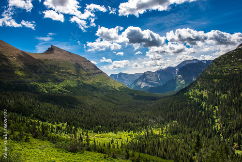 Fotografie, Obraz  Beautiful view of Glacier Naitonal Park belong Going to the sun