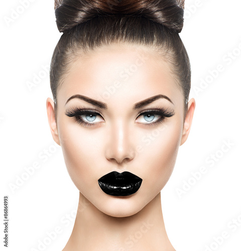 Autocollant pour porte Fashion Lips High fashion beauty model girl with black make up and long lushes
