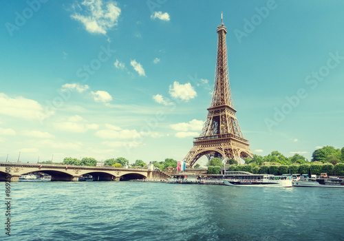 Poster Tour Eiffel Seine in Paris with Eiffel tower in morning time