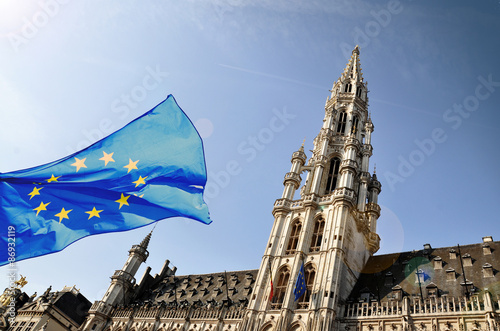 Poster Brussel The townhall of Brussels and a flag of European Union